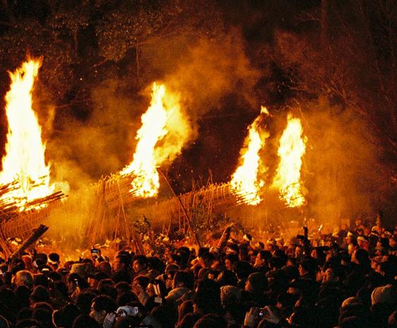 【大善寺玉垂宮の鬼夜】1600年の歴史を誇る日本三大火祭り