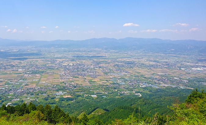 【第61回耳納連山山開き】標高801m!久留米市で一番高い山『鷹取山』の山頂で行われます