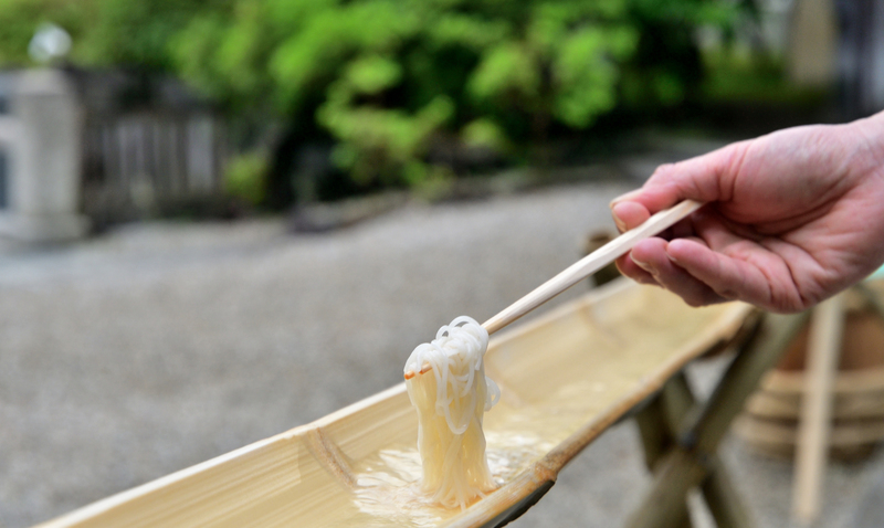 【坂本繁二郎生家】参加費無料!流しそうめんを食べよう♪